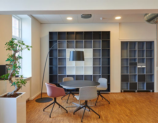 interior-designer-office-space